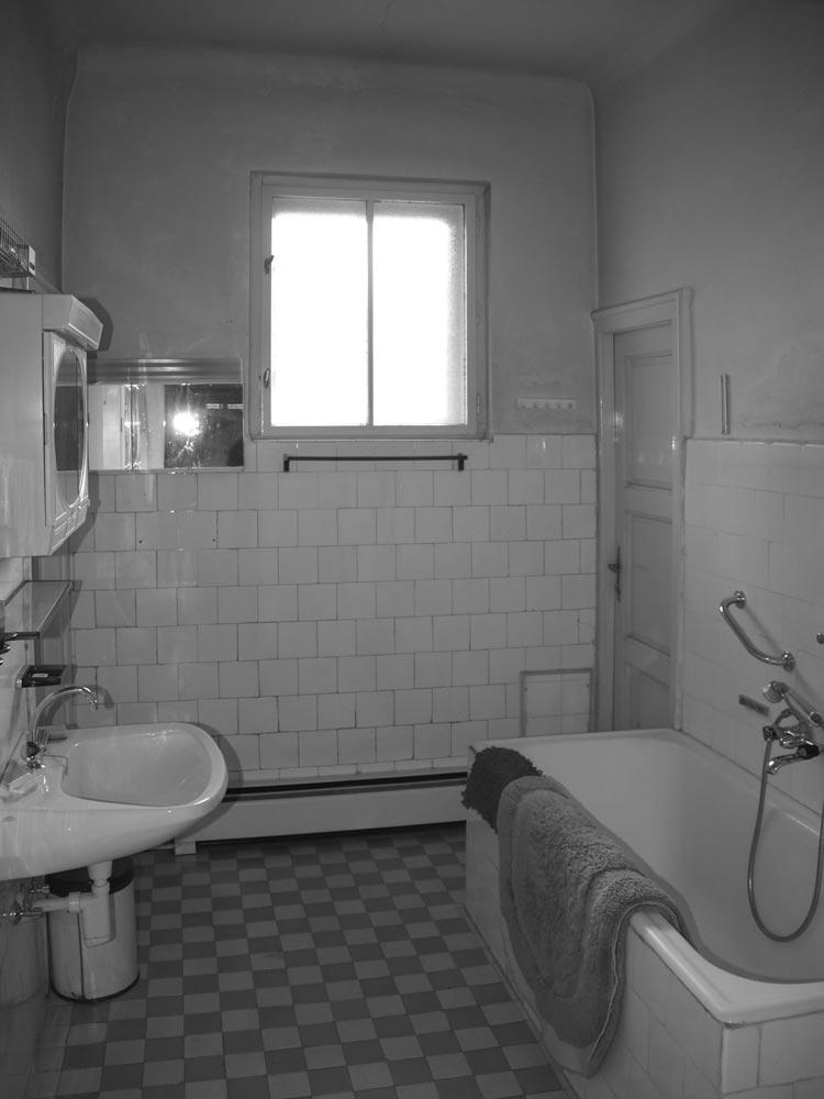 Wohnungs bad alt
